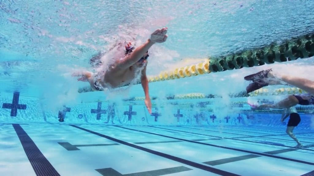Propulsion Underwater freestyle pull | air bubbles